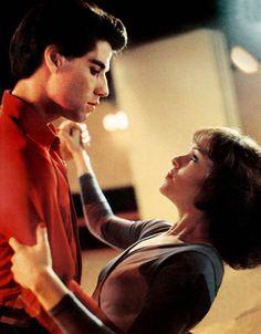 PROD DB © Paramount / DR LA FIEVRE DU SAMEDI SOIR (SATURDAY NIGHT FEVER) de John Badham 1977 USA avec John Travolta et Karen Lynn Gorney danse, couple, danser