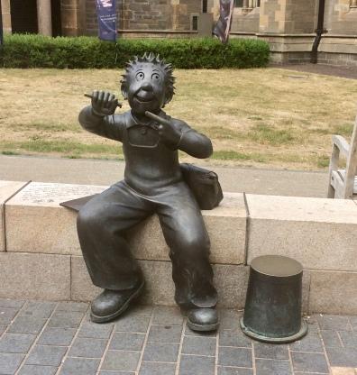 Oor Wullie and his bucket