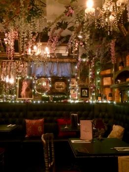 Cabaret Supper Club restaurant